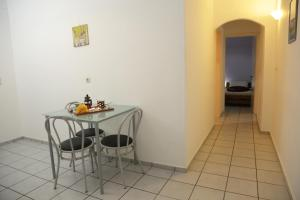 Happy Days, Apartmánové hotely  Malia - big - 2