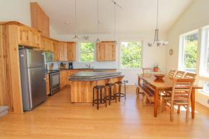 My Ocean Getaway Home, Дома для отпуска  Cloverdale - big - 3