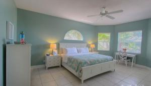 Lee Ave Home 17820, Holiday homes  St Pete Beach - big - 64