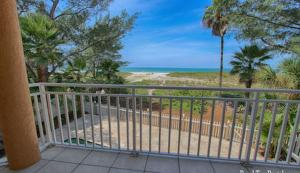 Lee Ave Home 17820, Holiday homes  St Pete Beach - big - 73