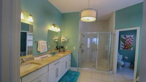 Lee Ave Home 17820, Holiday homes  St Pete Beach - big - 85