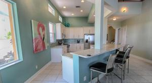Lee Ave Home 17820, Holiday homes  St Pete Beach - big - 92