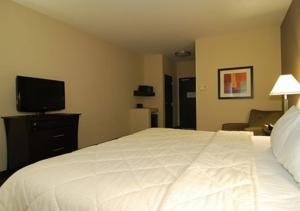Comfort Inn & Suites Airport Oklahoma City, Hotels  Oklahoma City - big - 6