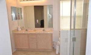 Bloomingdale House 926 Home, Holiday homes  Davenport - big - 31