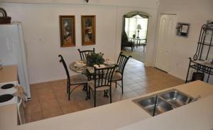 Grand Reserve House 937 Home, Holiday homes  Davenport - big - 6