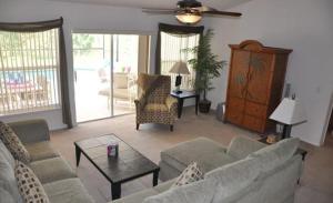 Grand Reserve House 937 Home, Holiday homes  Davenport - big - 28