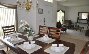 Grand Reserve House 937 Home, Holiday homes  Davenport - big - 31