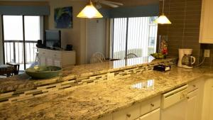 Crescent Towers II, Unit 208 Condo, Ferienwohnungen  Myrtle Beach - big - 3