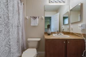 Regal Palms Calabria 3520 Townhouse, Holiday homes  Davenport - big - 14