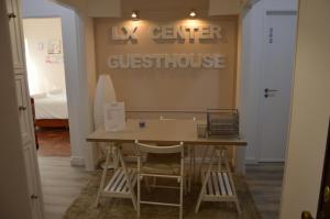 Lx Center Guesthouse