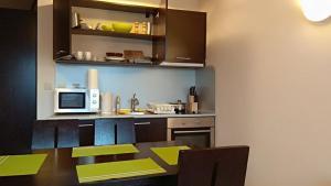 Apartment with Sauna Glazne, Ferienwohnungen  Bansko - big - 34