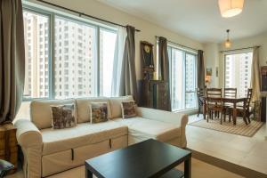 Residence Dubai Holiday Homes - Marina Promenade - Dubai