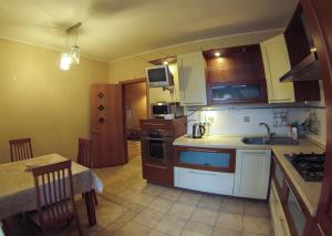 Apartment on Suvorova 25, Appartamenti  Kaluga - big - 26