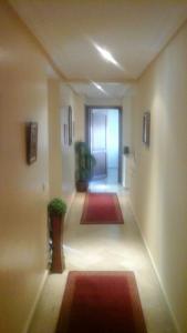 flat C casa-bourgogne, Apartmanok  Casablanca - big - 7