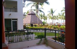 Playa Royale T2 2101 Apartment, Apartmány  Puerto Vallarta - big - 16