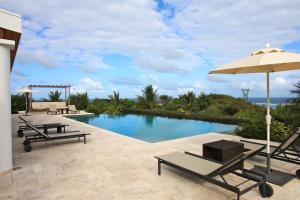 Belle Vue Orient Bay, Villas  Orient Bay - big - 21