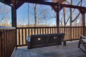 Magic Mountain Retreat, Holiday homes  Gatlinburg - big - 12