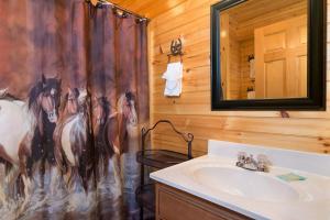 Magic Mountain Retreat, Holiday homes  Gatlinburg - big - 11