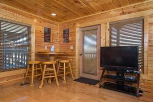 Magic Mountain Retreat, Holiday homes  Gatlinburg - big - 9