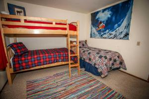 1621- Juniper Retreat, Ferienhäuser  Big Bear Lake - big - 5