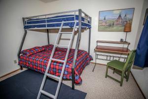 1621- Juniper Retreat, Ferienhäuser  Big Bear Lake - big - 4