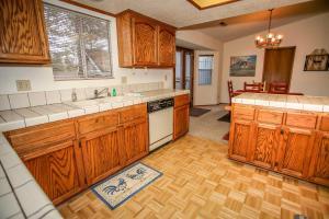 1621- Juniper Retreat, Holiday homes  Big Bear Lake - big - 9