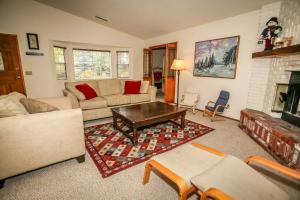 1621- Juniper Retreat, Ferienhäuser  Big Bear Lake - big - 8