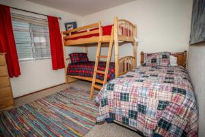 1621- Juniper Retreat, Ferienhäuser  Big Bear Lake - big - 6