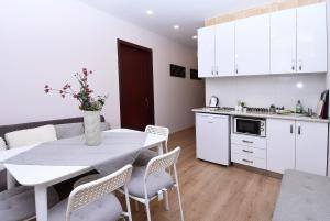 3 BDRM Apartment in Gudauri, Appartamenti  Gudauri - big - 12