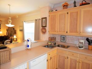 019 Sandcastle, Apartmány  Dauphin Island - big - 7