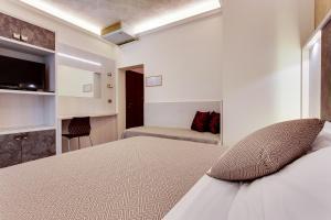 Hotel Dolcevita, Hotely  Cesenatico - big - 10