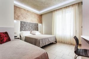 Hotel Dolcevita, Hotely  Cesenatico - big - 12