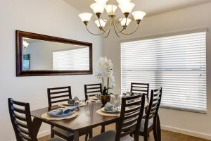 Aviana Cabello 320 Home, Holiday homes  Davenport - big - 38