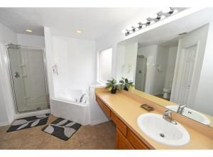 Aviana Viola 328 Home, Dovolenkové domy  Davenport - big - 2