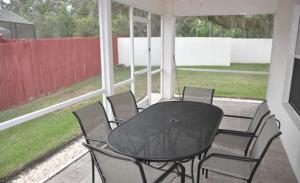 Shady Oak House 393 Home, Holiday homes  Davenport - big - 7