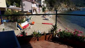 Appartamento il Sottomarino, Ferienwohnungen  Portoferraio - big - 17