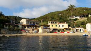 Appartamento il Sottomarino, Ferienwohnungen  Portoferraio - big - 25
