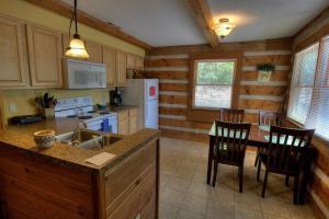 Krest-View Kabin Home, Case vacanze  Bryson City - big - 7