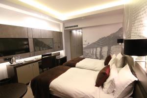 Queen's Hotel, Отели  Скопье - big - 11