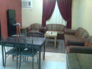 Dorar Darea Hotel Apartments - Al Mughrizat, Апарт-отели  Эр-Рияд - big - 2
