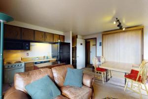 Bogus Basin Hotels