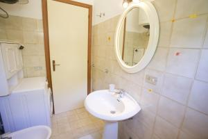 Appartamento Mavielba Mare, Apartments  Portoferraio - big - 8