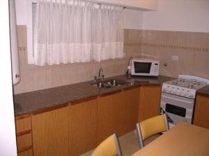 Departamentos El Pasaje, Ferienwohnungen  Balneario Claromecó - big - 8