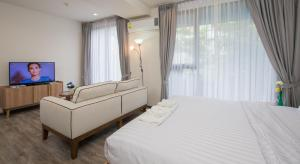 The Deck Condo Patong by VIP, Apartments  Patong Beach - big - 30