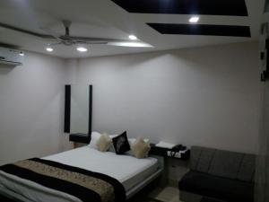 Hotel Surbhi Palace Gadarwara