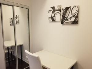 Premium Suites - Furnished Apartments Downtown Toronto, Apartmanok  Toronto - big - 54