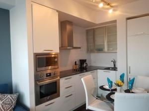 Premium Suites - Furnished Apartments Downtown Toronto, Apartmanok  Toronto - big - 61