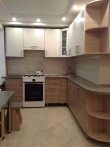 Уютная квартира, Apartmány  Rivne - big - 6