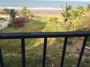Beach Front House In Las Tablas, Holiday homes  Las Tablas - big - 10