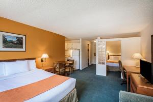 Howard Johnson Hotel - Victoria, Отели  Виктория - big - 51
